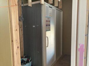 浴室と下地と建具枠